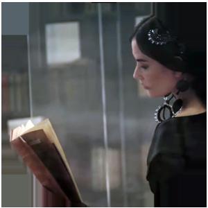 Virginia Woolf e Fendi: la letteratura diventa moda Immagine tratta da sfilata Fendi